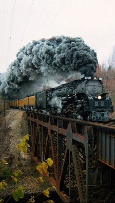 How to Add Excitement to Model Railroad Scenery on Your Model Train Layout - Model Train Buzz Train Tracks, Train Rides, Union Pacific Railroad, Railroad Photography, Train Art, Train Pictures, Old Trains, Train Engines, Steam Engine
