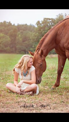2015 Senior picture with horses
