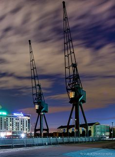 The cranes at Royal Victoria Docks seem like they pair for life. These two, long retired, still close by one another