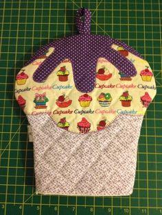 Pegador de Panelas CUP CAKE!!! Feito em tecido 100% algodão e manta térmica!!! Pode ser feito em outras cores!!! Frete não incluso!!! R$30,00