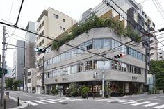 谷尻誠率いるSuppose design officeによる街と建築、インテリアが継ぎ目なく展開する複合型ショップ「BIOTOP 大阪」