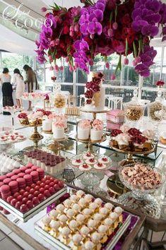 New wedding cakes table decorations dessert buffet ideas Wedding Cake Table Decorations, Wedding Desserts, Wedding Table, Wedding Cakes, Buffet Dessert, Dessert Dips, Dessert Tables, Candy Table, Candy Buffet