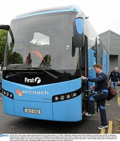 Brian O'Driscoll boards an Aircoach - Official Coach Carrier to Leinster Rugby Leinster Rugby, Cool Photos, Boards, Planks