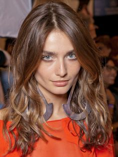 The 7 Best Hairstyles for Round Faces