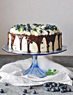 Tiramisu, Snacks, Cake, Ethnic Recipes, Food, Drinks, Drinking, Appetizers, Beverages