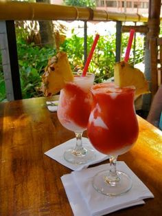 Lava Flow!! One of my favorite drinks in the whole wide world!! This recipe is like the one at Duke's on Waikiki!!