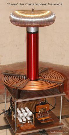Typical construction of a Tesla Coil Electronics Basics, Electronics Projects, Nikola Tesla, Electronic Engineering, Electrical Engineering, Diy Tesla Coil, Tesla Inventions, Energy Projects, Sustainable Energy