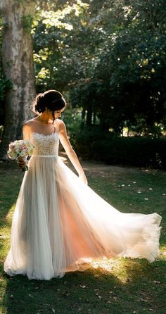 US$113.46-Beautiful Chiffon&Tulle&Lace Wedding Dress 2016. https://www.newadoringdress.com/chiffon&tulle&lace&organza&satin&taffeta-dress-p712135.html. Free Custom-made & Free Shipping at best wedding dresses, Lace wedding dress, modest wedding dress, strapless wedding dress, backless wedding dress, wedding dress with sleeves, mermaid wedding dress, plus size wedding dress. We have great 2016 fall Wedding Dresses on sale at #NewAdoringDress.com today!