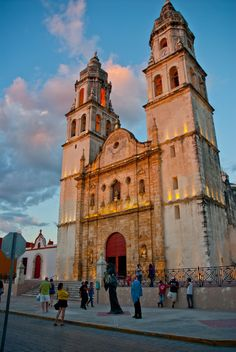 CATHEDRAL MAIN SQUARE CAMPECHE MEXICO