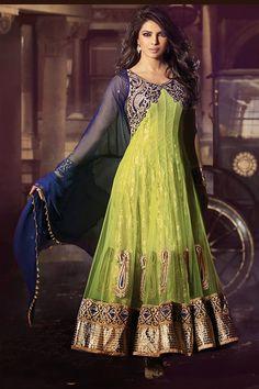 Bollywood Actress Priyanka Chopra Salwar Kameez.