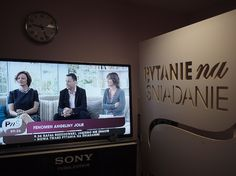 """Sergiusz on Angelina Jolie in """"Pytanie na śniadanie"""" morning show in Polish Television. And we are in the studio with 3 month old Willy!"""