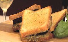 Padlizsános-pestós melegszendvics