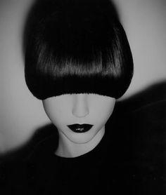 bangs and dark lipstick ♥
