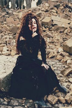 Helena Bonham Carter as Bellatrix Lestrange...slighty obsessed with her character...may try this as a Halloween costume ;)