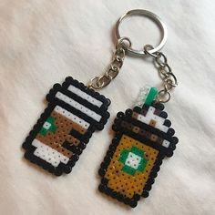 starbucks keychain, 2.6mm. . . . #perler #perlerart #perlerbeads #perlerporn #perlerbead #perlerartist #perlers #perlermini #perlerartistsunite #hamabeads #hamabeadsmini #handmade #DIY #crafts #craft #crafting #artsandcrafts #art #beadart #fusebeads #fusebead #starbucks #starbuckscoffee #keychain