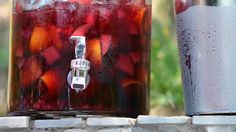 While recently on tour in North Carolina, Alton Brown discovered a sangria trick so genius, he was embarrassed he didn't think of it: For extra-delicious sangria, skip the generic sode and add Cheerwine instead. Alton Brown, Brown Recipe, Hey Bartender, Sangria Recipes, Drink Recipes, Tapas Bar, Refreshing Drinks, Food And Drink, Alcohol