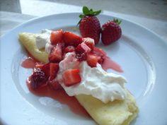 Strawberry & Cream Cheese Crepes