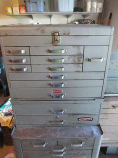 Images of Vintage Craftsman Toolbox Tool Organization, Tool Storage, Mechanic Tool Box, Old Tool Boxes, Machinist Tools, Old Tools, Vintage Tools, Toolbox Ideas, Metal Working