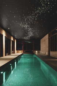 I would love an indoor pool like this... the sparkle of the star-like lights above are a beautiful touch. Beautiful Indoor Pool | Instagram