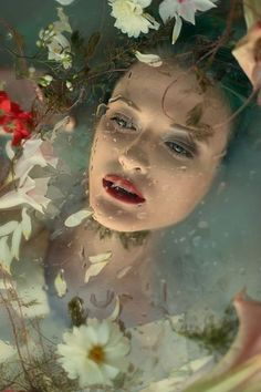 "Marta Ciosek (Voodica Photography), ""Under the Surface"" - Water Photography - Photographie Milk Bath Photography, Fantasy Photography, Underwater Photography, Life Photography, Portrait Photography, Water Drop Photography, Photography Flowers, Photography Ideas, Water Modeling"
