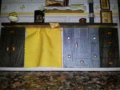 Escena de Cocina en miniatura. Detalle de muebles.