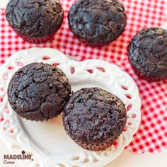 Briose cu ciocolata si dovlecei / Chocolate zucchini muffins
