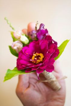 zinnia boutonniere #weddings