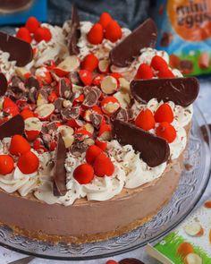 Mint Aero Fudge! - Jane's Patisserie Biscoff Recipes, Cheesecake Recipes, Baking Recipes, Easter Cheesecake, Biscoff Cheesecake, Chocolate Orange Cheesecake, Chocolate Fudge, Galaxy Chocolate, White Chocolate