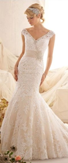 gorgeous mermaid lace wedding gown