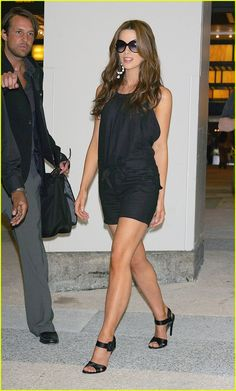 Kate Beckinsale gets Frisky!!!!