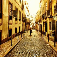Bairro Alto - 82 tips from 12247 visitors Lisbon Map, Sunset Drink, Historical Sites, City Life, Portuguese, Wander, Portugal, Old Things, Journey