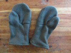 Super Simple Fleece Mitten Tutorial