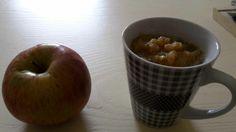 Fresh Apple smoothie with ice & sugar
