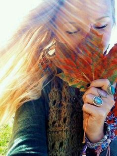 I just LOVE this picture!! It just embodies the beauty of Fall perfectly!! ♡♥♡♥♡♥ #fall #autumn #photography