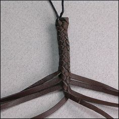 8 Strands : Leather Braiding by John
