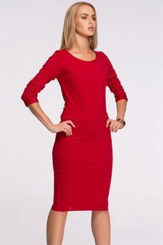 1795d4e3dd Czerwona dzianinowa sukienka do kolan na jesień i zimę