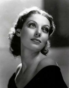 Explore the best Loretta Young quotes here at OpenQuotes. Quotations, aphorisms and citations by Loretta Young Old Hollywood Glamour, Golden Age Of Hollywood, Vintage Hollywood, Hollywood Stars, Classic Hollywood, Loretta Young, Loretta Lynn, Foto Portrait, Portrait Photography