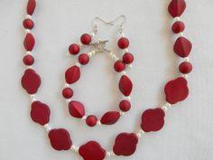 Valentine's Day gift?  Beaded Jewelry Set Necklace Bracelet by SandysJewelryBox001, $20.00