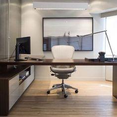 Vistaitec by Triplex Escritório em casa. Ideia de marcenaria, decoração, design e organização de espaço de trabalho em casa. Home office.