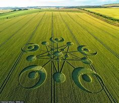 Mysterious visitors to an English countryside field certainly made their mark -- by leaving the first Crop Circle of the season. Description from ufosightingshotspot.blogspot.ch. I searched for this on bing.com/images