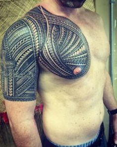 Polynesian tattoo designs represent bravery and sexual attractiveness - Page Tattoo Chest To Arm, Chest Tattoo Stencils, Tribal Chest Tattoos, Polynesian Tattoo Meanings, Polynesian Tattoos Women, Polynesian Tattoo Designs, Free Tattoo Designs, Dragon Tattoo Designs, Guardian Tattoo