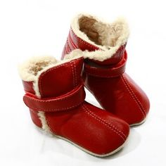 A little bit of luxury for your baby this winter. Divine and snuggly, handmade from buttery soft genuine leather. The adjustable velcro collar keeps the shoe fitted snuggly around the ankle, the teddy bear fur lining will keep little feet toasty warm, and the textured suede sole provides superior grip.  The size Small has a textured suede sole to for suppleness and grip and the size Medium and Large feature a split rubber sole for flexibility and endurance.    Size guide, including…