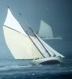 Take a look at this awesome sailboat decor - what an ingenious style and design Sailboat Decor, Sailboat Yacht, Yacht Boat, Classic Sailing, Classic Yachts, Sailing Trips, Sail Away, Wooden Boats, Tall Ships