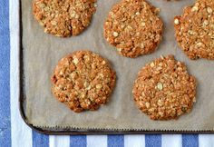 Vegan Chewy Coconut-Oat Cookies (Gluten-free)