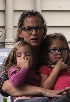 Mother-daughter celebrity specs.