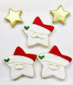 Santa stars Christmas Cookies Gift, Christmas Cupcakes, Christmas Sweets, Christmas Candy, Christmas Baking, Star Sugar Cookies, Sugar Cookie Royal Icing, Iced Cookies, Fondant Cookies