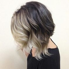40 Gorgeous Wavy Bob Hairstyles with An Extra Touch of Femininity