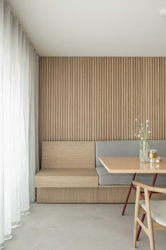Residence LC is a minimalist home located in Knokke, Belgium, designed by Nils Van der Celen Booth Seating, Banquette Seating, Built In Dining Room Seating, Wall Seating, Large Furniture, Furniture Design, Interior Design Wall, Built In Furniture, Plywood Furniture