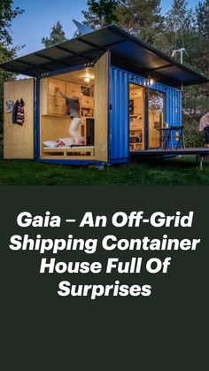 Modern Tiny House, Tiny House Cabin, Tiny House Design, Home Building Design, Metal Building Homes, Building A House, Shipping Container Home Designs, Container House Design, Barn House Plans
