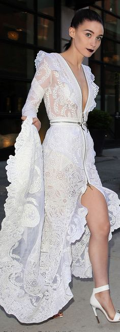 White Lace Split Bottom Dress with Zippers